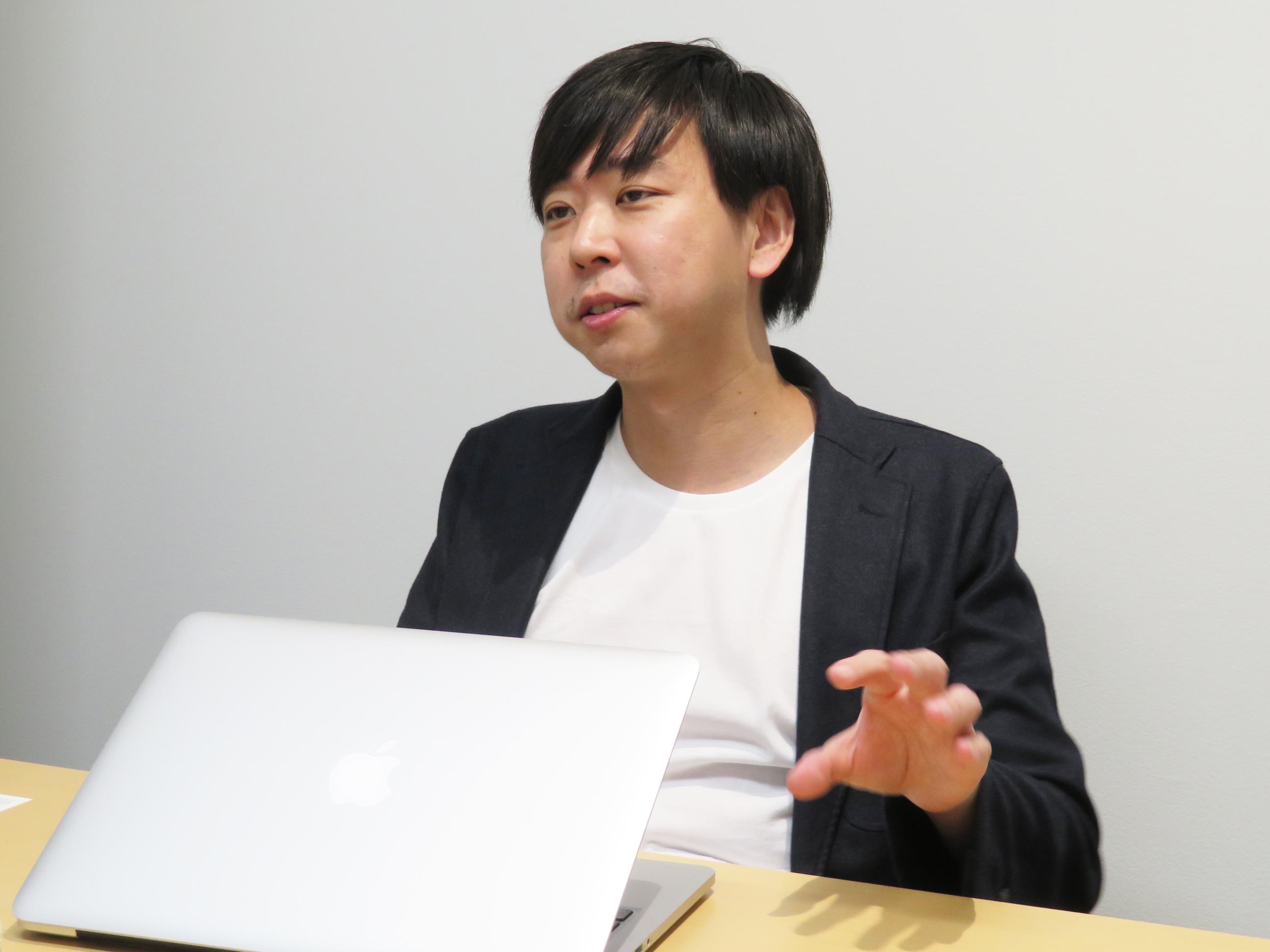 鈴木 仁士(すずき さとし)