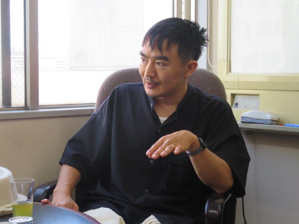 伊藤 靖朗(いとう やすろう)